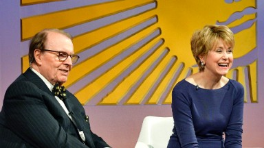 Charles Osgood announces Jane Pauley as his successor