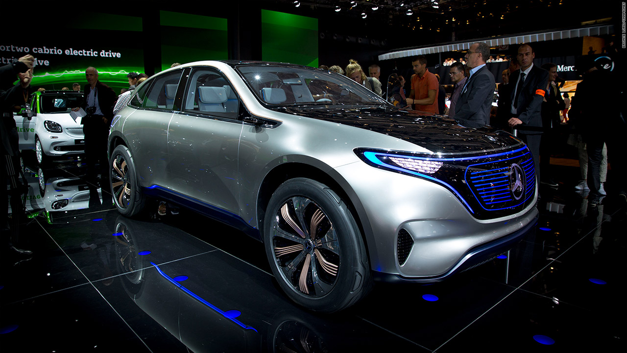 Mercedes creates a new line of electric vehicles video for Mercedes benz new electric car