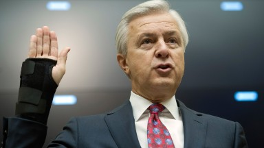 Wells Fargo CEO walks with $130 million