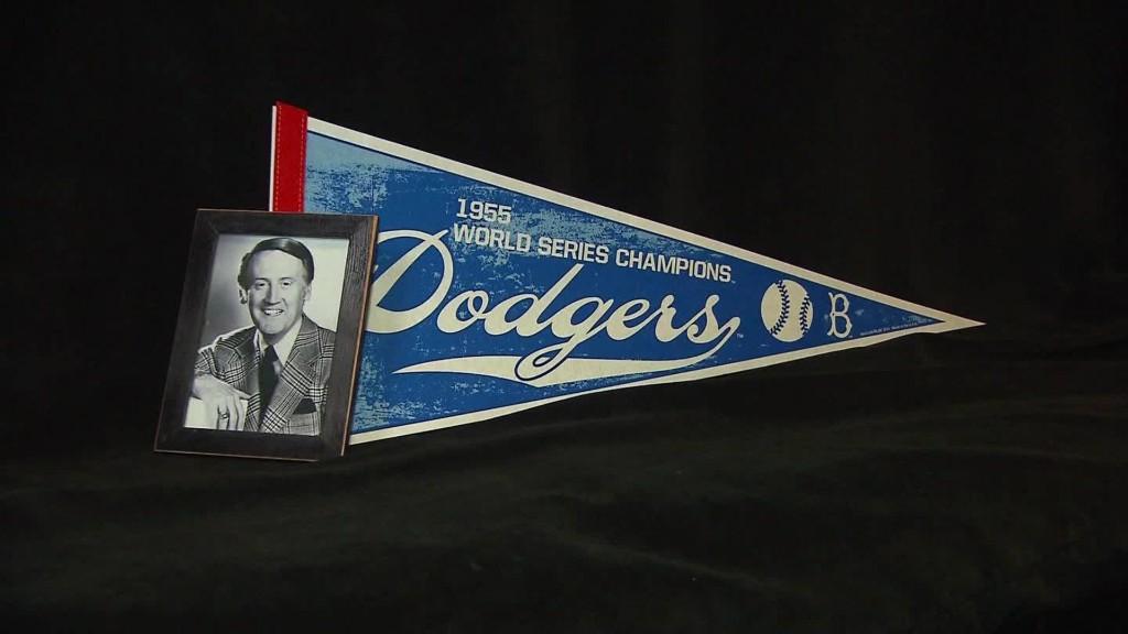Dodgers announcer Vin Scully retires
