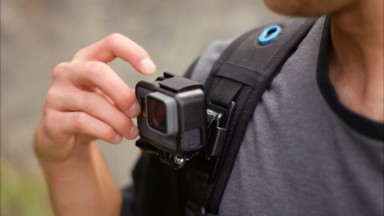 GoPro stock dives 20% on dismal earnings results