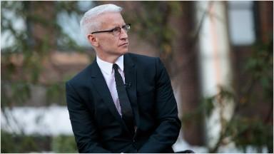 Anderson Cooper renews CNN contract