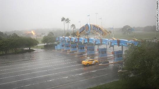 Gut bekannt Disney World closed as Hurricane Matthew bears down on Florida  SI96