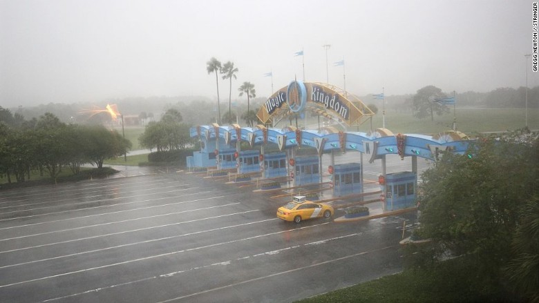 disney hurricane matthew
