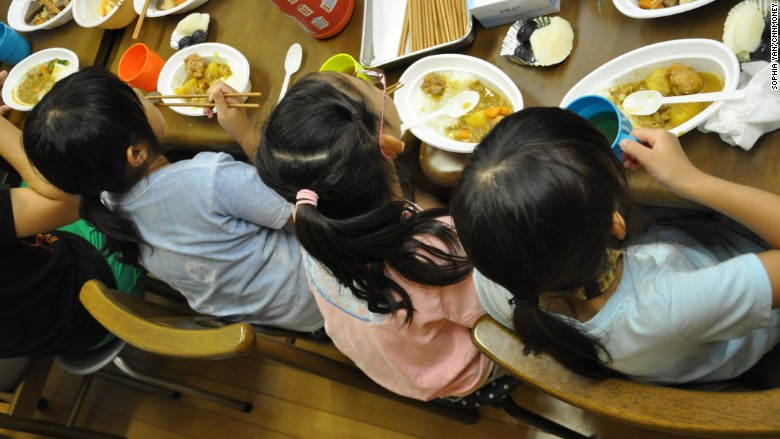 japan women wakuwaku childrens restaurant