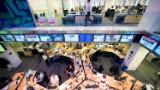 WSJ seeks 'substantial number' of buyouts