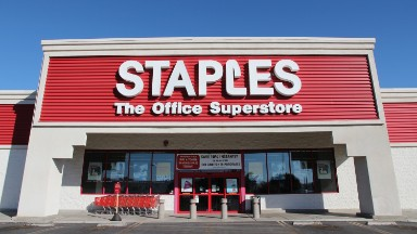 Staples will give workers $3,600 to pay student loans