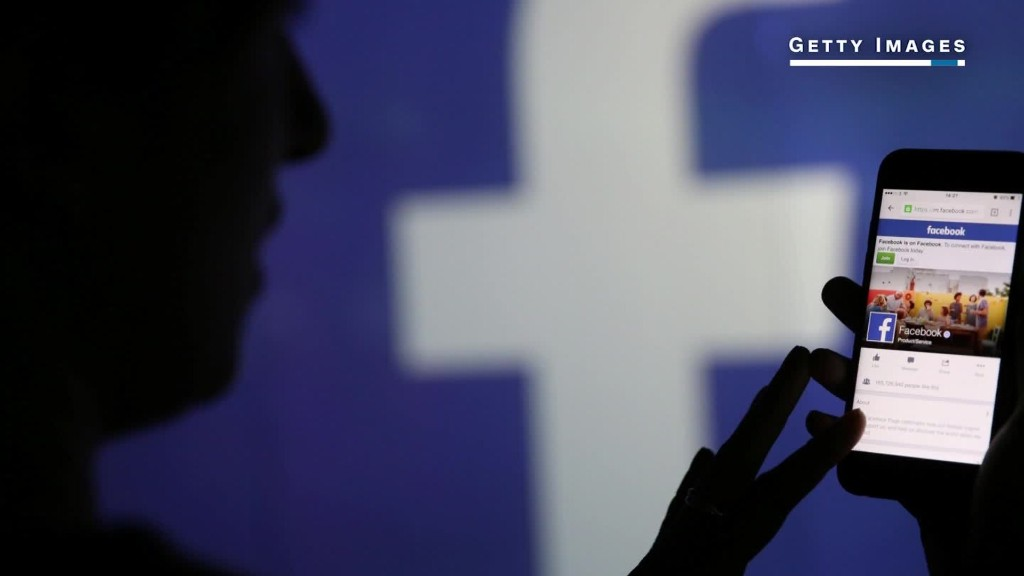 Facebook exec: If we started today we'd be mobile only