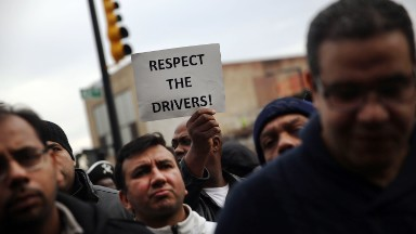 Uber drivers to join protest for $15 minimum wage