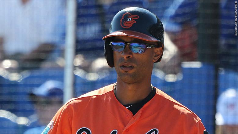 cuban baseball smuggling henry urrutia