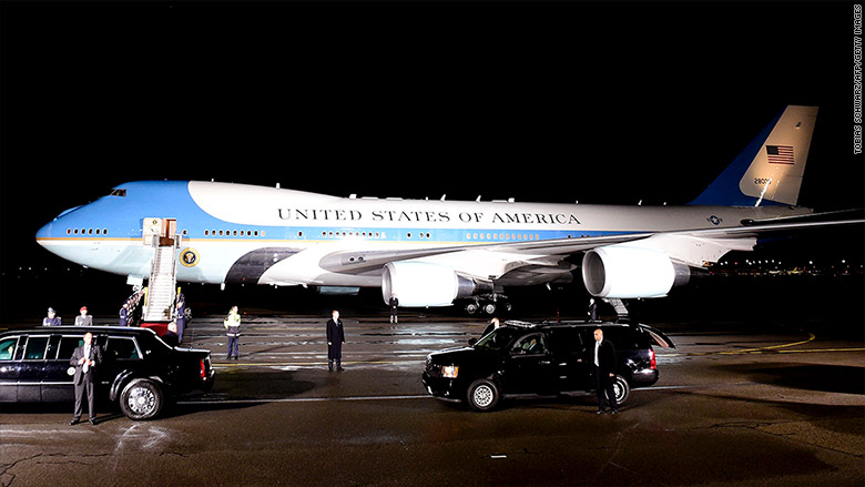 Trump: Cancel order for new Air Force One