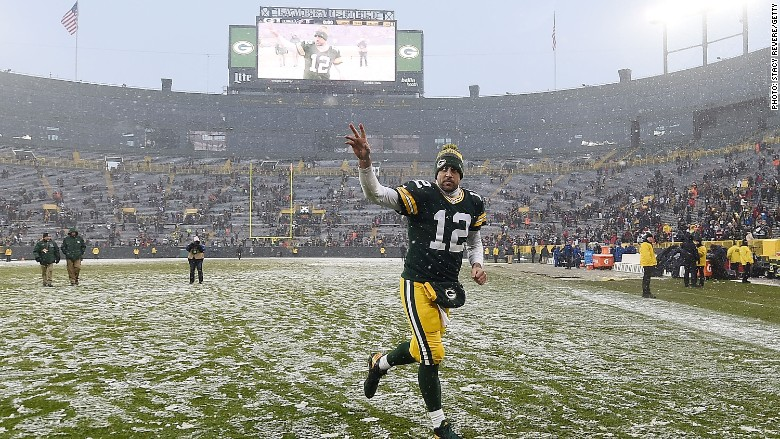 aaron rodgers packers snow