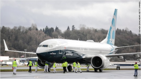Boeing snags huge 737 order from India's SpiceJet