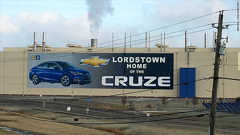 lordstown cruze sign
