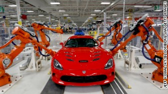 'dodge viper production' from the web at 'http://i2.cdn.turner.com/money/dam/assets/170130111139-dodge-viper-production-336x188.jpg'