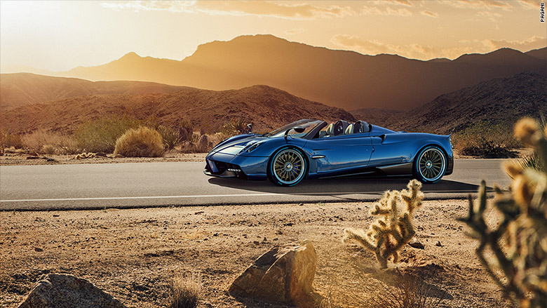 Pagani Huayra Roadster unveiled ahead of Geneva show debut