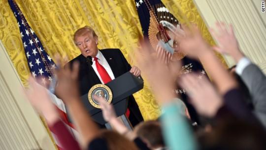 Carl Bernstein: Trump's attacks on the press 'more treacherous' than Nixon's