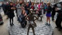 'Fearless Girl' statue will stay through early next year