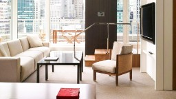Top luxurious hotel suites for business travelers