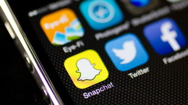 Is Facebook turning into Snapchat?