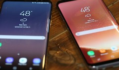 Samsung unveils first new flagship phones since exploding phone debacle