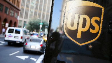 UPS unveils Saturday delivery -- and 6,000 new jobs