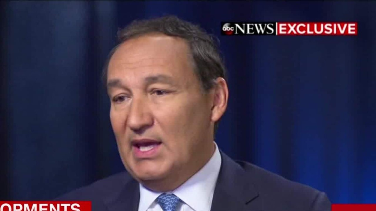 Good Morning America United Airlines : Ceo speaks out on united flight incident video