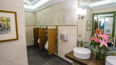 NYC luxury bathroom gets an upgrade
