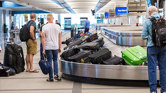 Fliers paid $1.2 billion in baggage fees last quarter