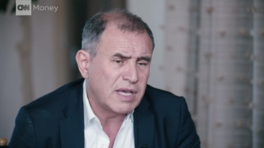 Roubini: Trump is 'semi-failing'