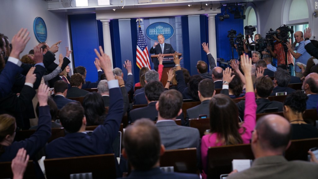 'Frightening' threat to White House press briefings