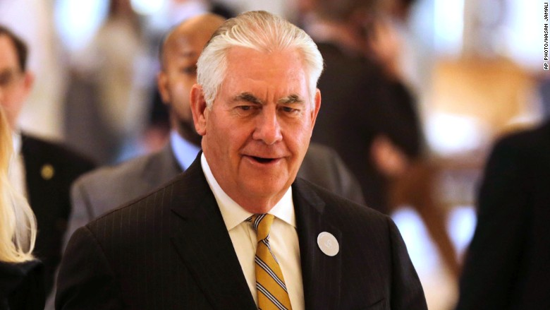 money.cnn.com - Jackie Wattles - Tillerson holds briefing in Saudi Arabia without US press