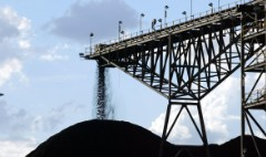 Revolt over tax breaks stalls huge new coal mine in Australia
