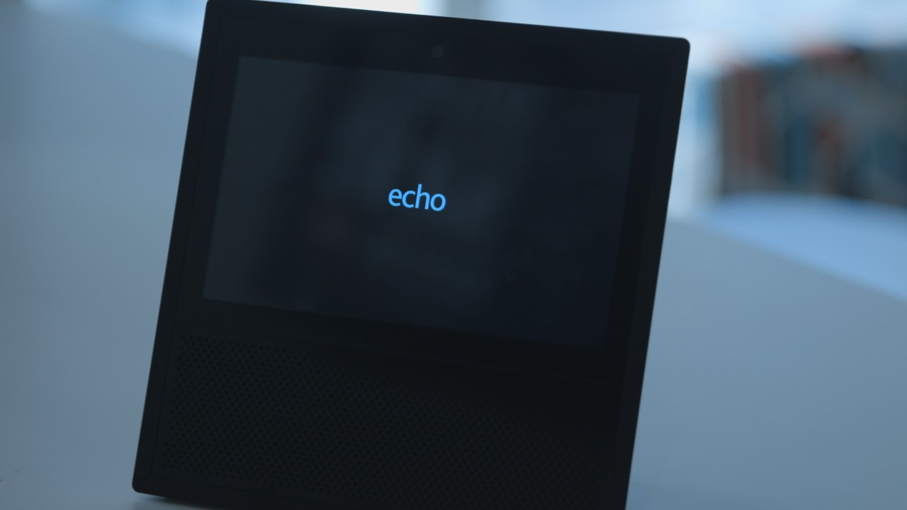 hands on with amazon u0027s echo show video tech gadgets