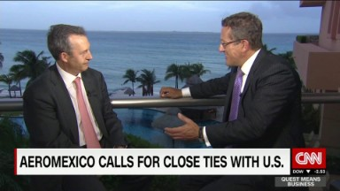 Aeromexico CEO deepens links with U.S. despite border politics