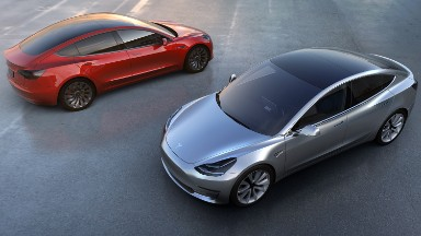 Tesla now averaging more than 1,800 Model 3 reservations a day