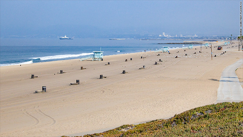 10 of the best beaches near airports f3news for Best beach near la