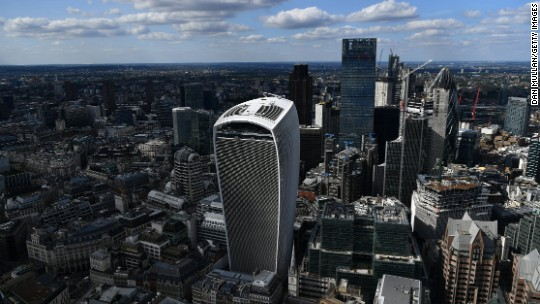 'Walkie Talkie' building fetches record $1.7B