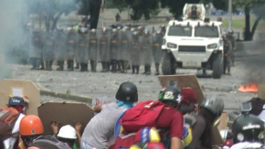 Arming 'La Resistencia' in Venezuela