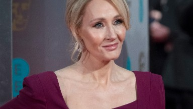 J.K. Rowling apologizes for falsely accusing Trump of ignoring boy in wheelchair