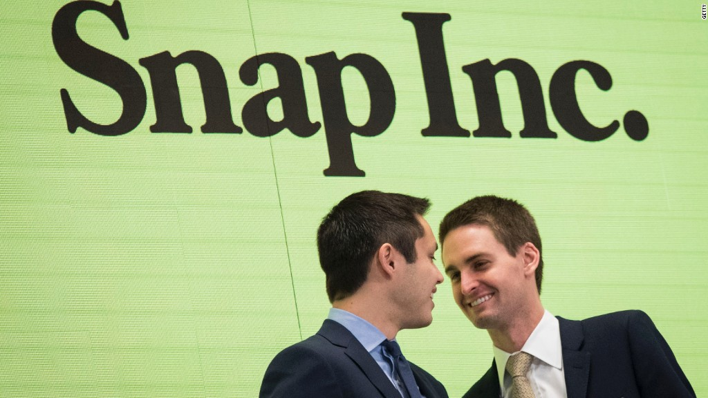 Tencent buys 10% stake in Snap