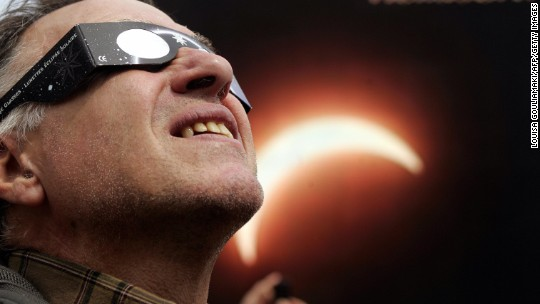 How to avoid buying 'bogus' solar eclipse glasses