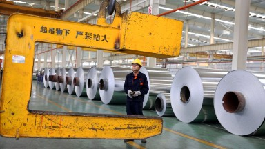 Trump moves to slap duties on Chinese aluminum foil