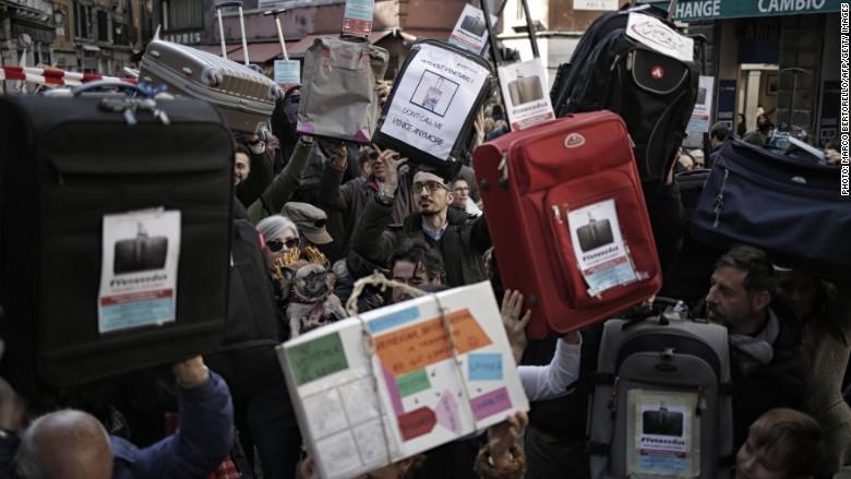 Venice protest tourism