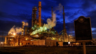 Gulf refineries brace for another hit