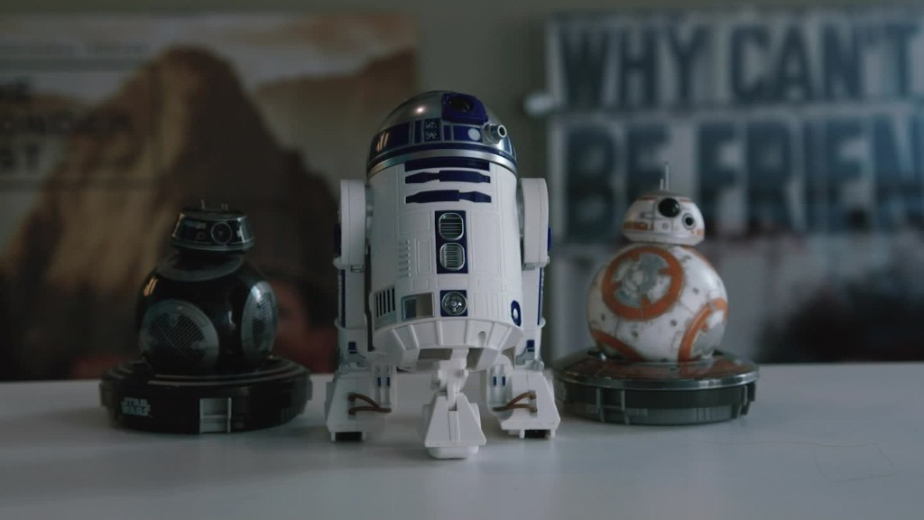 Hands on with Star Wars' new BB-9E and R2D2 droids