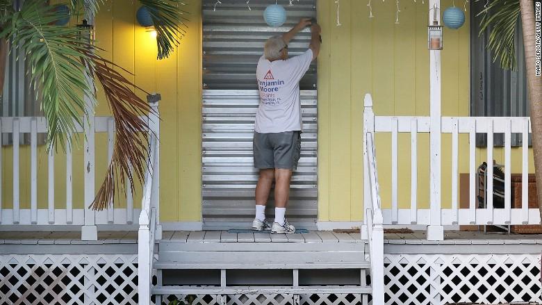 Florida insurance stocks get crushed as Irma looms