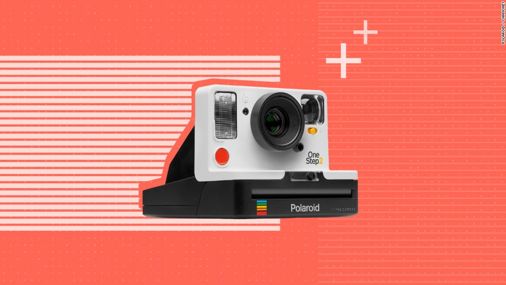 Polaroid returns to instant film