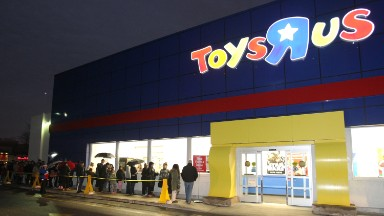 Hasbro hurt by Toys 'R' Us bankruptcy