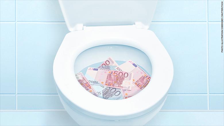 euros in toilet